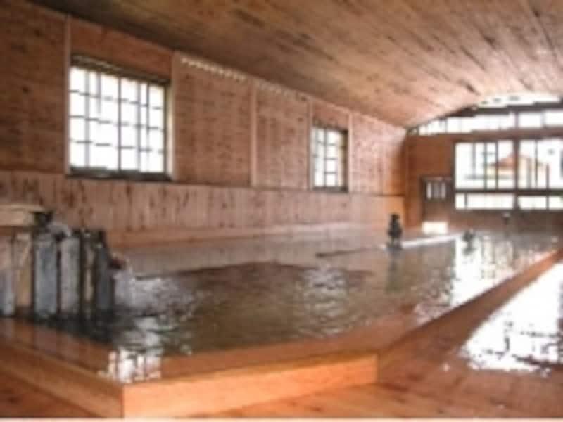 日本一の総檜大浴場がある「千人風呂金谷旅館」(下田)