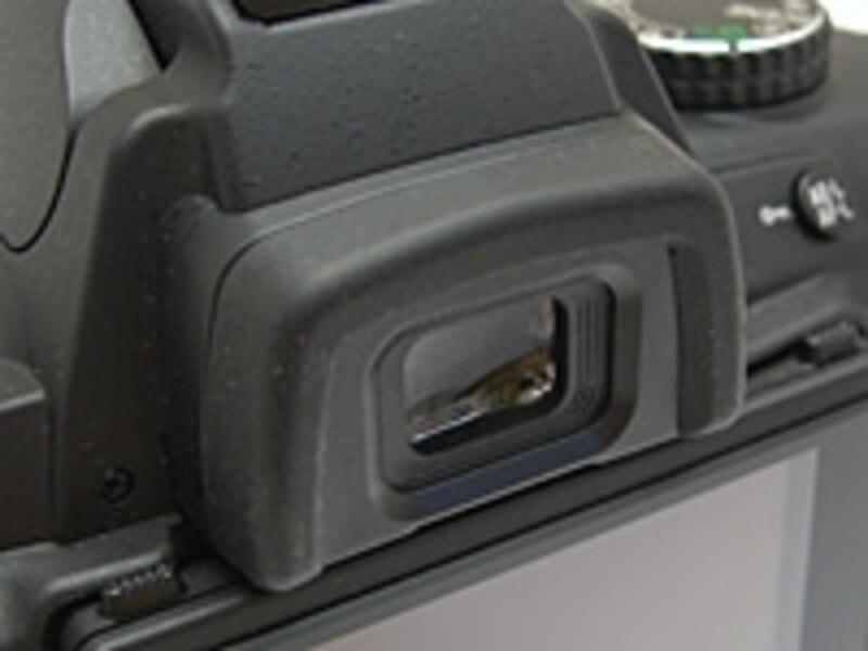 D5000 ファインダーは倍率、視野率ともにごく普通。
