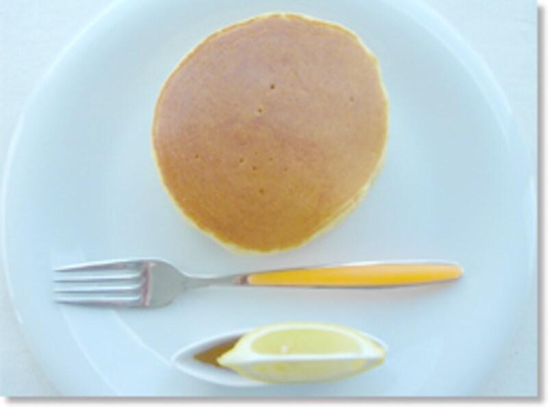 レモンで食べるホットケーキ