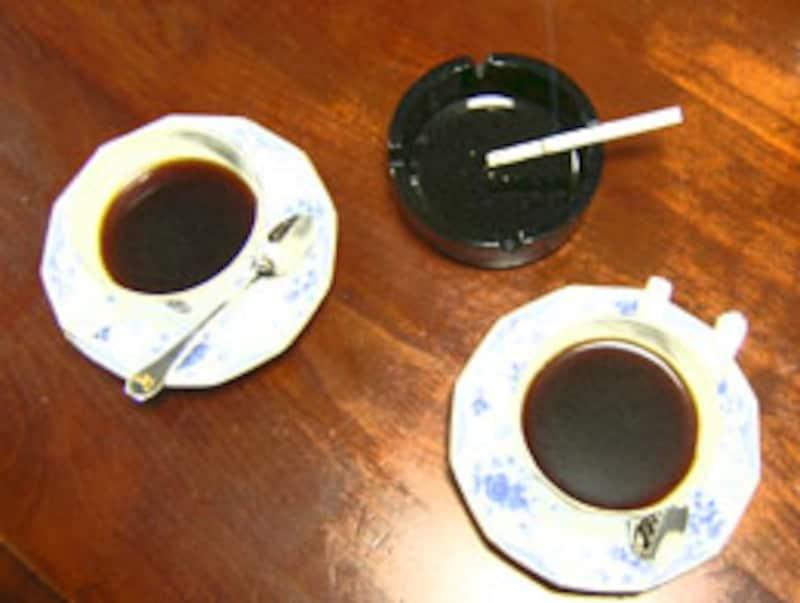 行く先はコーヒーショップだった
