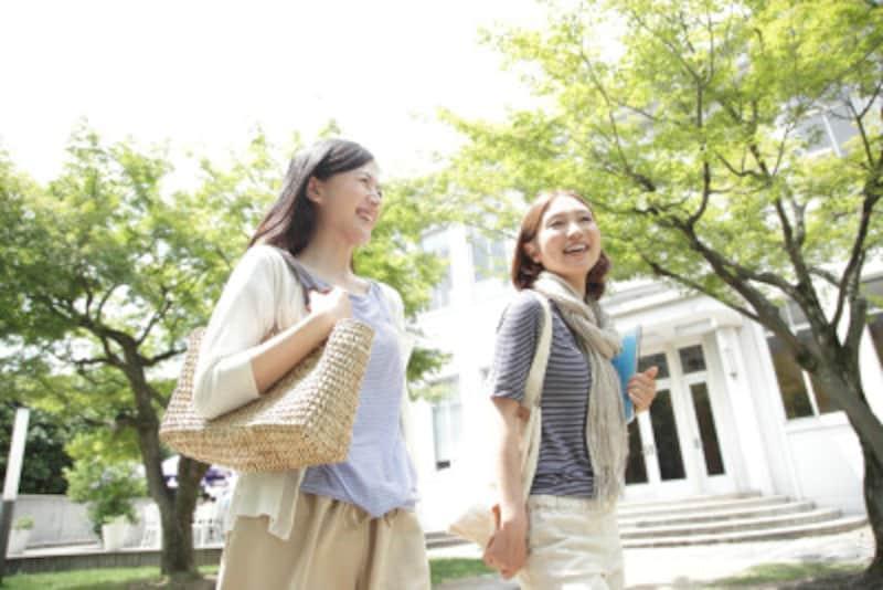 若い人、女性が多く使う「~랑(ラン)」