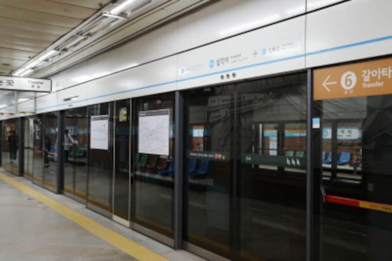 韓国の地下鉄アナウンスのフレーズとは?