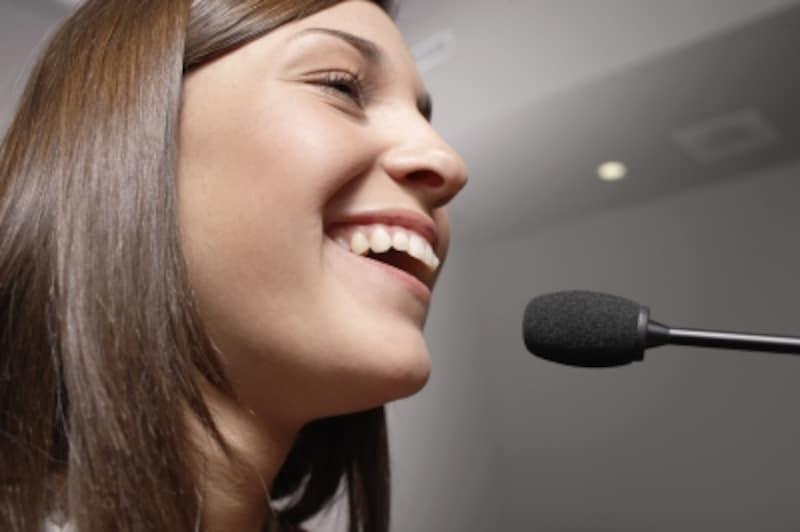 プレゼンテーション,英語,プレゼン,最初,始め方,構成,出だし,はじめ,スピーチ,イントロ,英語スピーチ,挨拶,英語のスピーチ,まずはじめに,方法,皆さん,イントロダクション,英語でプレゼン