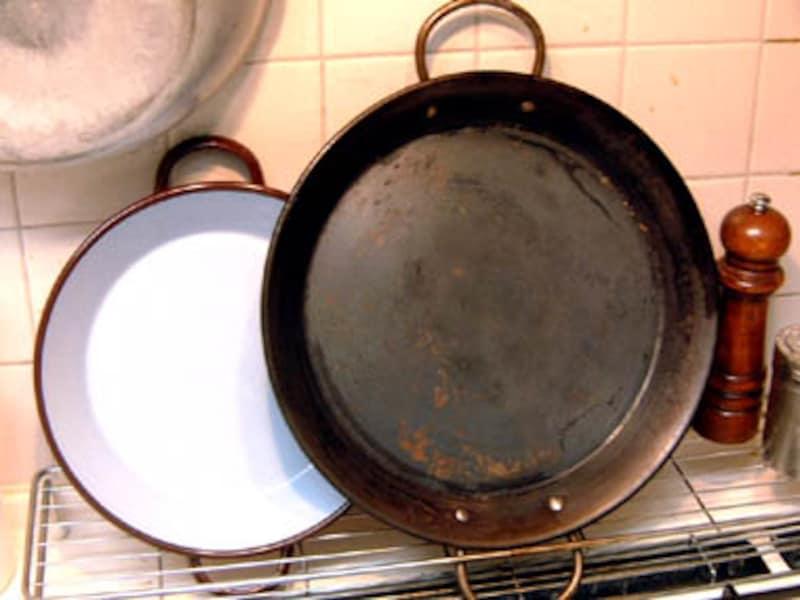 パエリア鍋の使い道とは