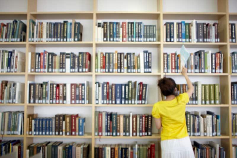 増え続ける本の保管……ベランダへ収納する方法も