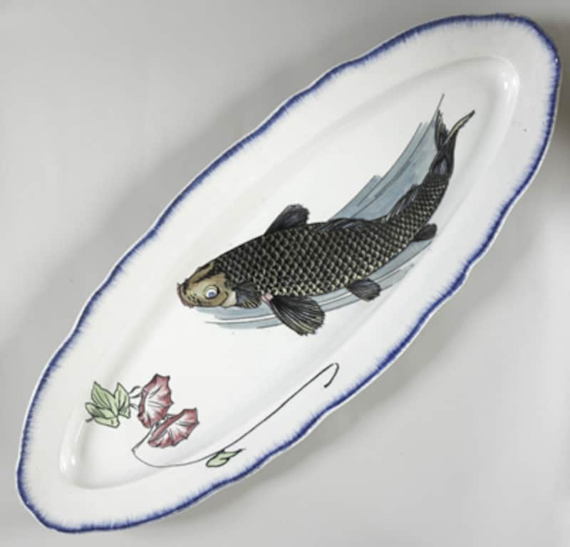 水切り付き楕円形皿 鯉に朝顔図