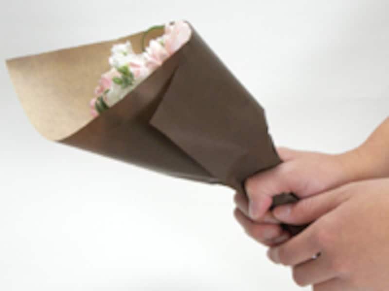 茎の部分を絞る