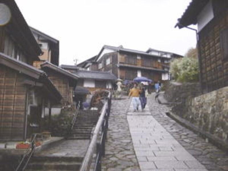 昔の宿場町の雰囲気が残る馬籠宿