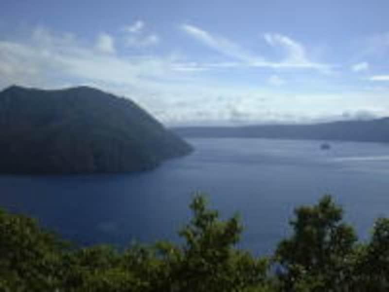裏摩周展望台から眺める摩周湖
