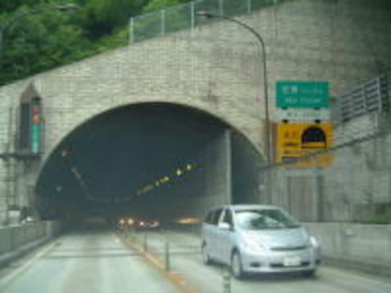 安房トンネルを越えて、飛騨路へ
