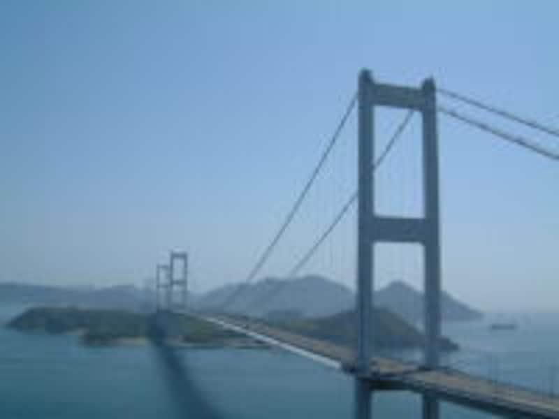 糸山公園から眺める来島海峡大橋