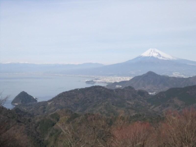 伊豆の国パノラマパークから富士山を望む