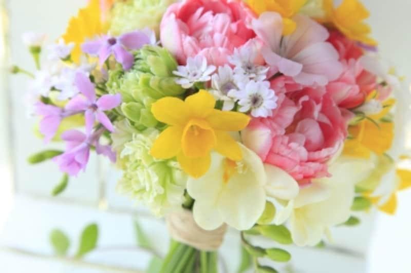 花束・ブーケをもらったら、捨てずに花びらを活用しポプリとして保存加工しましょう