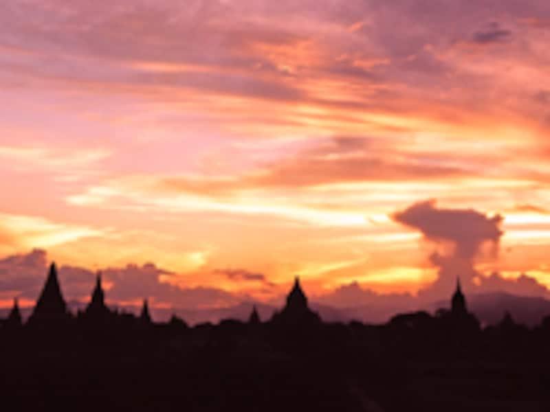 シュエサンドー・パゴダの夕景