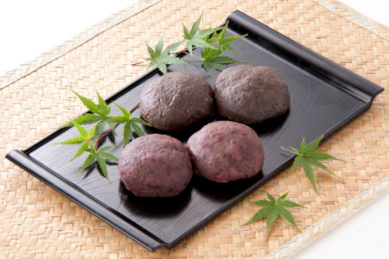 和菓子には植物由来の原材料が多く、炭水化物中に食物繊維が多く含まれています!