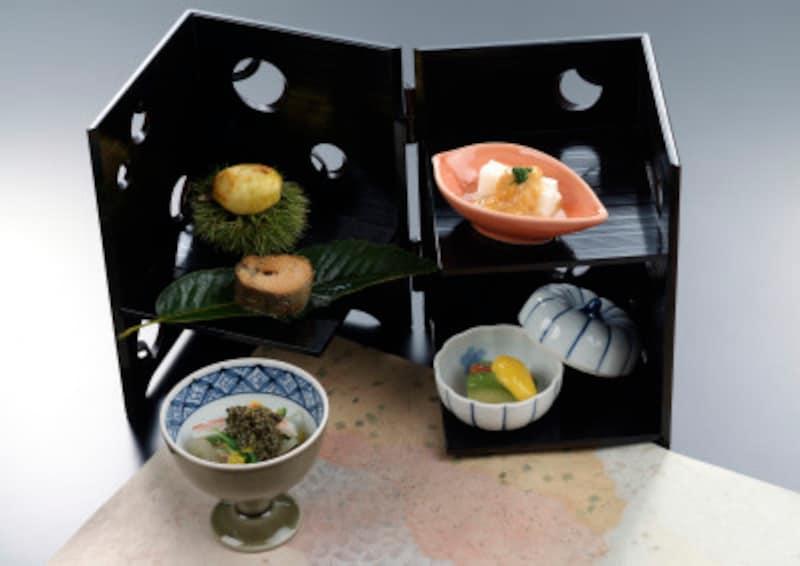 外食する時も、和食系の定食を選ぶのもコツ。野菜を補給すれば◎!