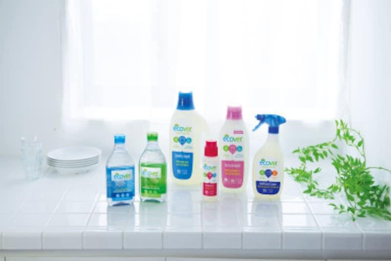 エコベールは住居用洗剤、食器用洗剤、洗たく用洗剤の3つのカテゴリがあり、それぞれ香りや用途別に計20種類以上あります