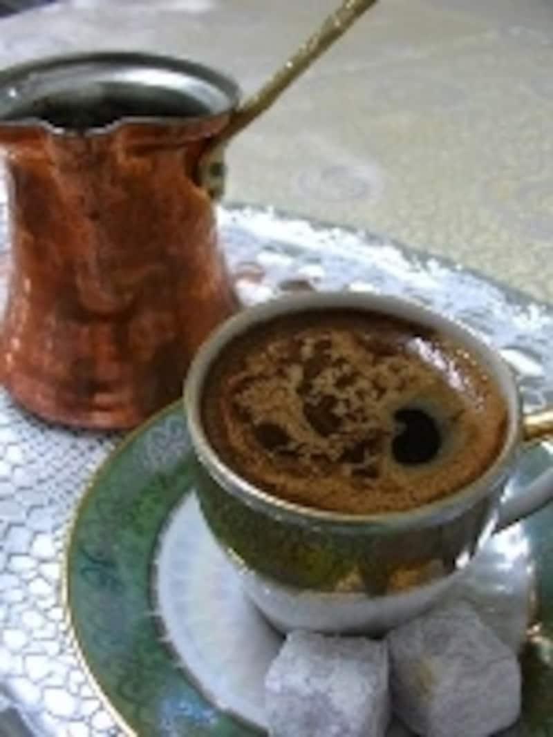 トルココーヒーと、ジェズベ