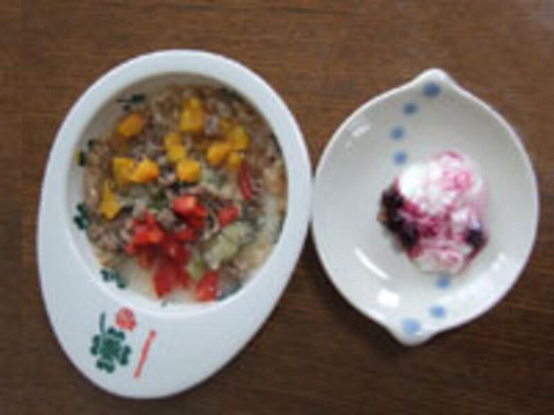 紋次郎君のお食事