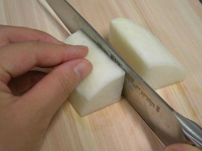 大根の切り方/いちょう切りの方法