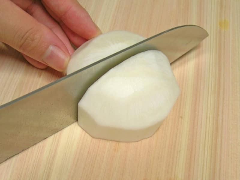 かぶの下ごしらえ/かぶの切り方
