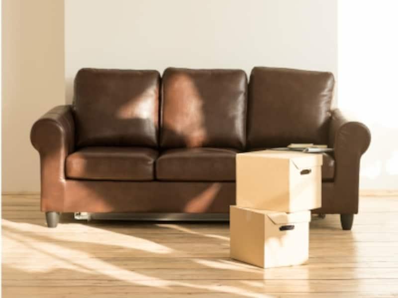 革(レザー)のソファは、買ったらすぐ保護のためのお手入れを