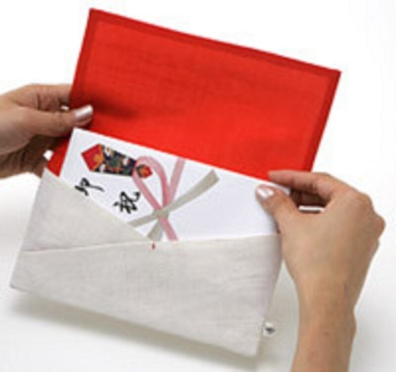 麻の張りと光沢ある絹のコントラストが美しい金封包み