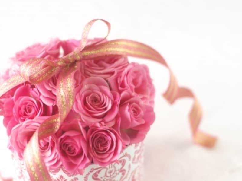 人生の大事な節目や冠婚葬祭にお花は無難な贈り物として使われています