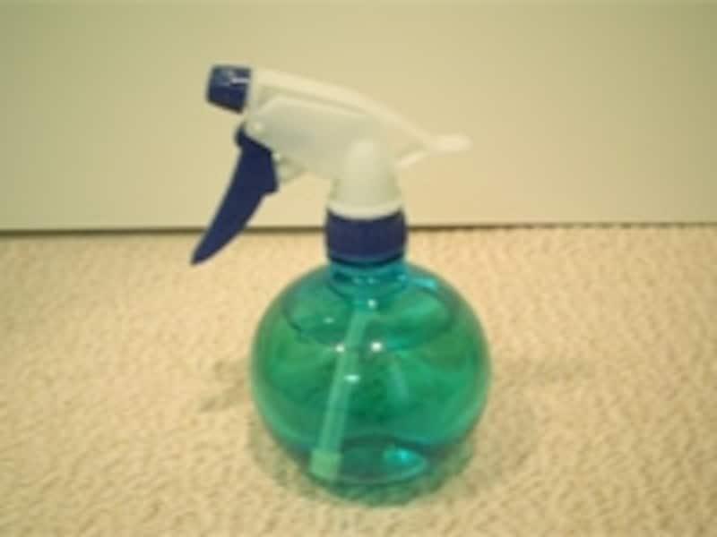 とても簡単に作れる「酢水スプレー」。ぜひ常備しておきましょう。