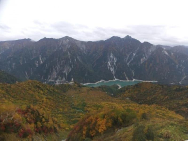 《立山・黒部》大観峰から眺める黒部湖と後立山連峰