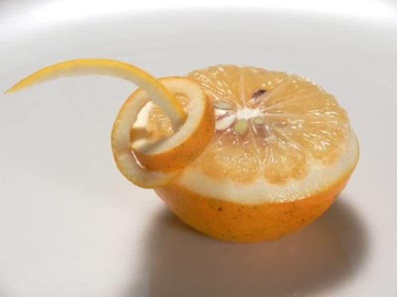 結びレモンの切り方・画像・方法・飾り切り