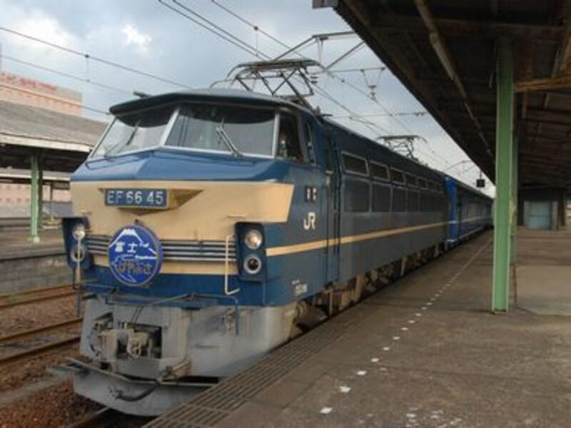 下関駅のEF66