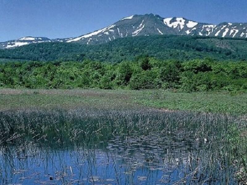 八甲田の峰々