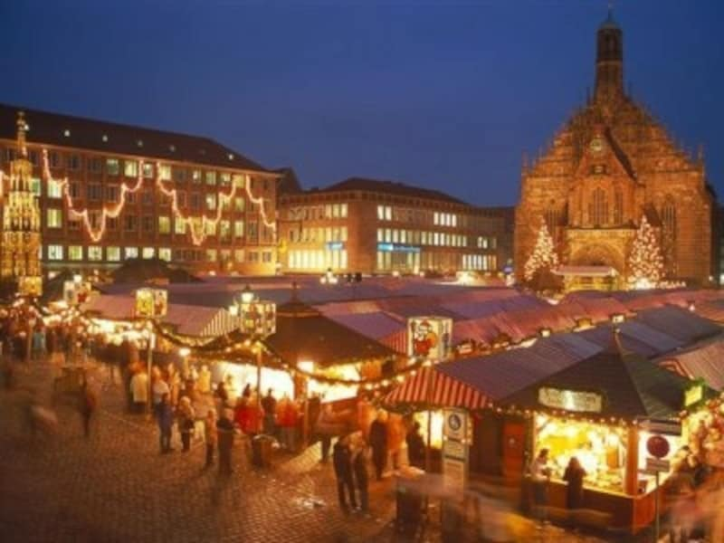 クリスマスマーケットのメイン会場ハウプトマルクト©DeutscheZentralefuerTourismuse.V./Kiedrowski,Rainer