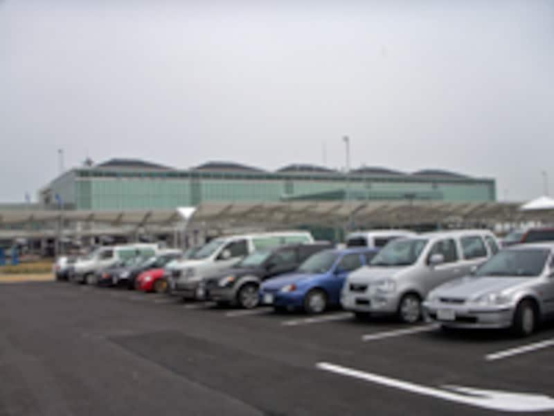 新北九州空港駐車場