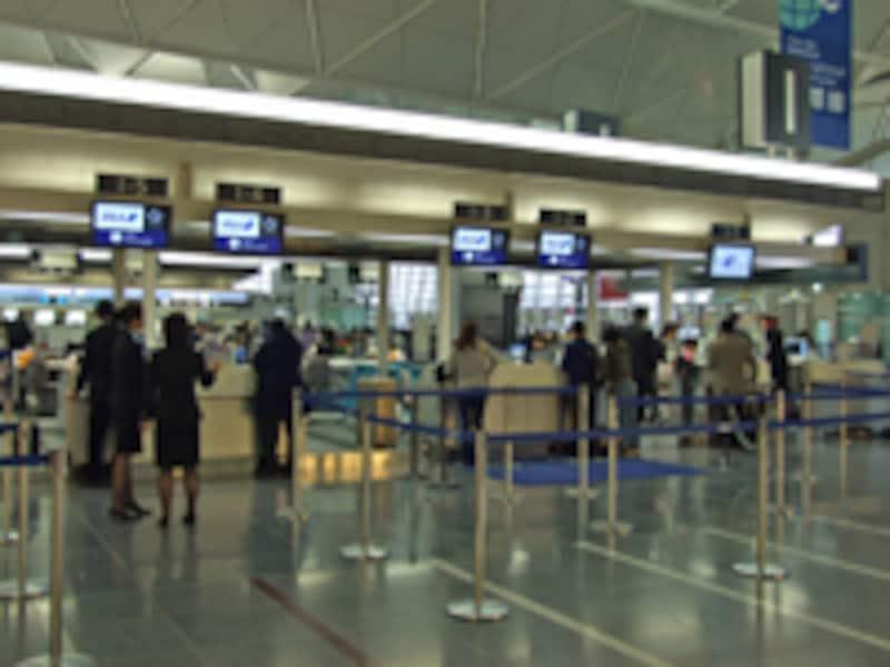 中部国際空港チェックインカウンター