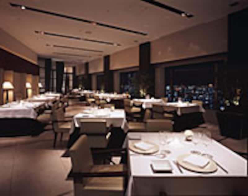 タワーズレストラン「クーカーニョ」