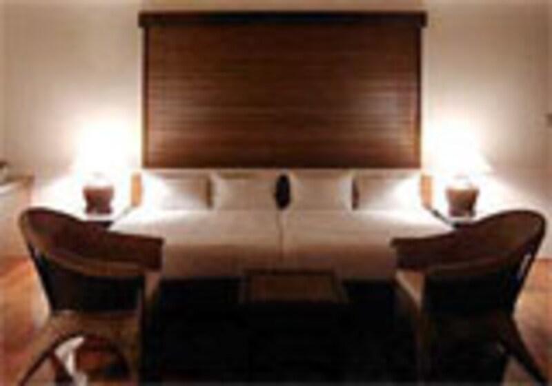贅沢な程に広々としたベッドでリラックス