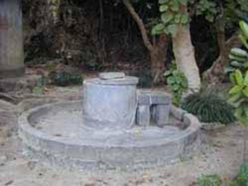 昔使われていた井戸