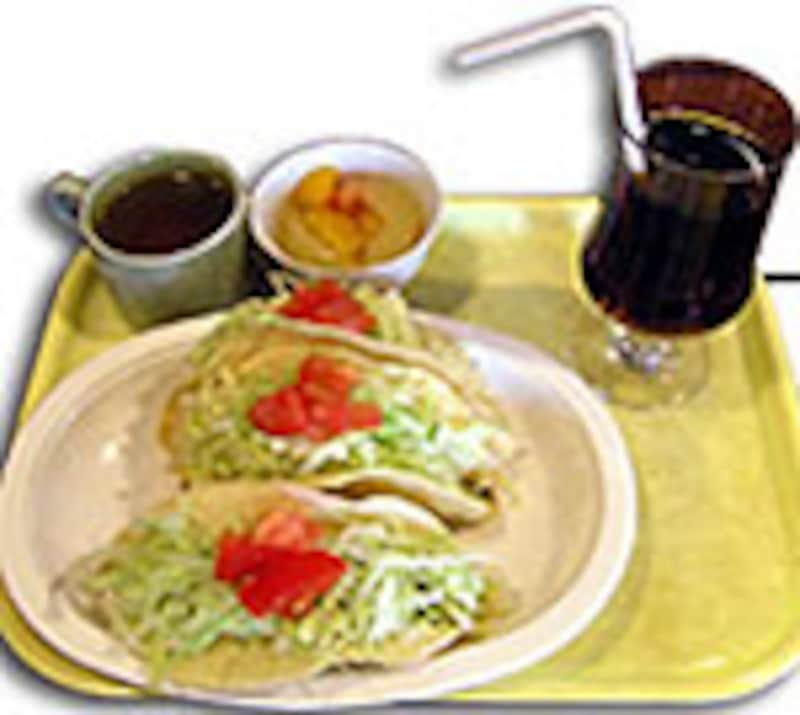 ホットタコスで気軽に食べたい沖縄のファーストフード