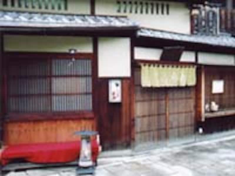 美味しい日本酒が飲めるお店・祇園しぐれ茶屋侘助
