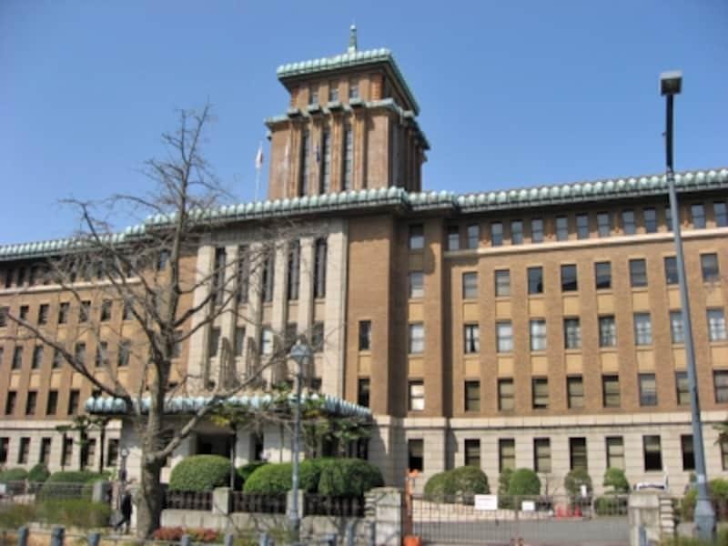 昭和3年に竣工した、神奈川県庁(本庁舎)。愛称はキング
