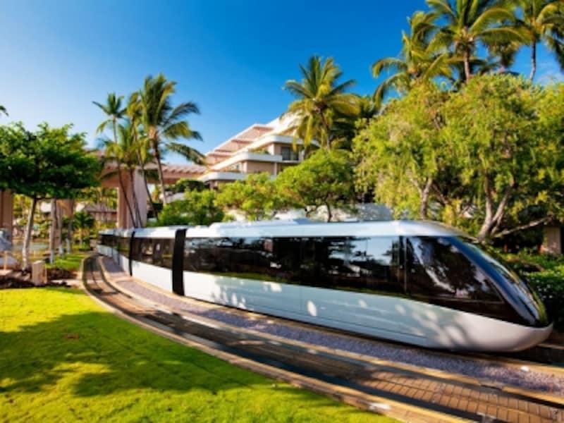 広大な敷地をトラムやボートで移動。ホテルの設計は某有名テーマパークと同じ設計者によるもの