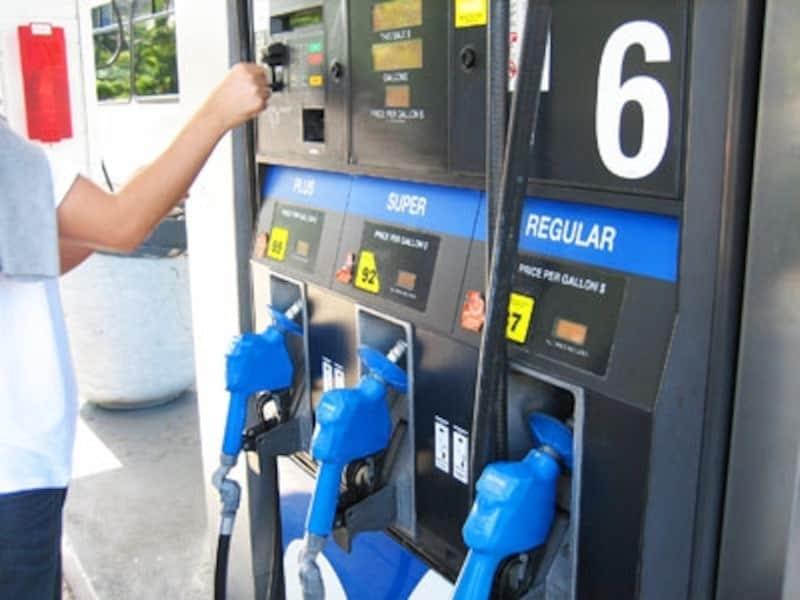 ハワイのガソリンスタンドは、ほとんどがセルフサービス