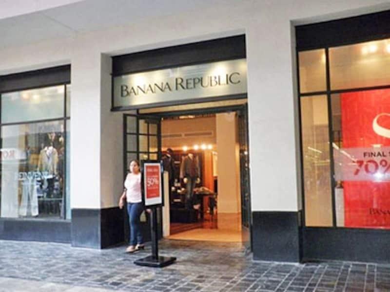 サファリファッションからスタートしたバナリパも、今や洗練された大人カジュアルなブランドとして人気