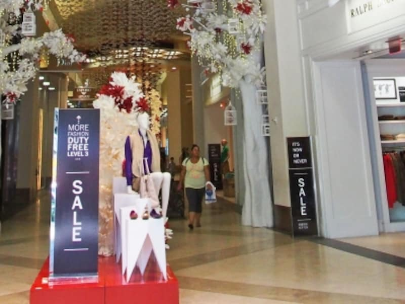 高級ブランドが集まるTギャラリアのセールは、夏は5月下旬、冬は12月中旬にスタート