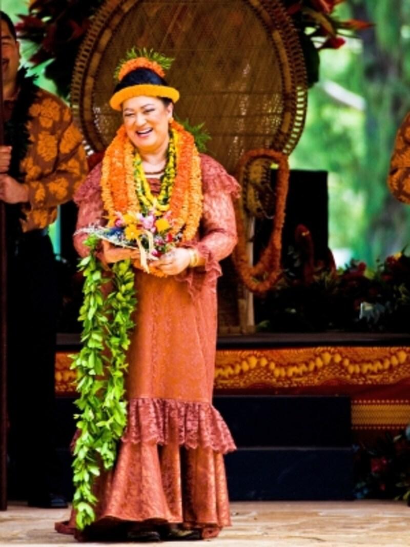 年代別に選ばれるレイ・クイーン(写真提供:HawaiiTourismAuthority(HTA)/TorJohnson)