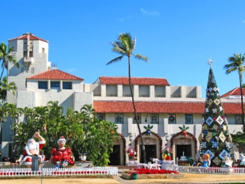 ダウンタウンがクリスマス色に染まる「ホノルル・シティ・ライツ」。イベントは12月から1ヶ月続く