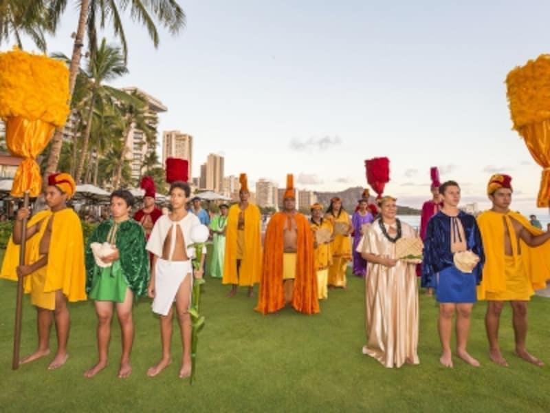 ロイヤルコートはフェスティバルを奨励する大使。神聖な古代フラやチャントも必見(写真提供:HawaiiTourismAuthority(HTA)/TorJohnson)