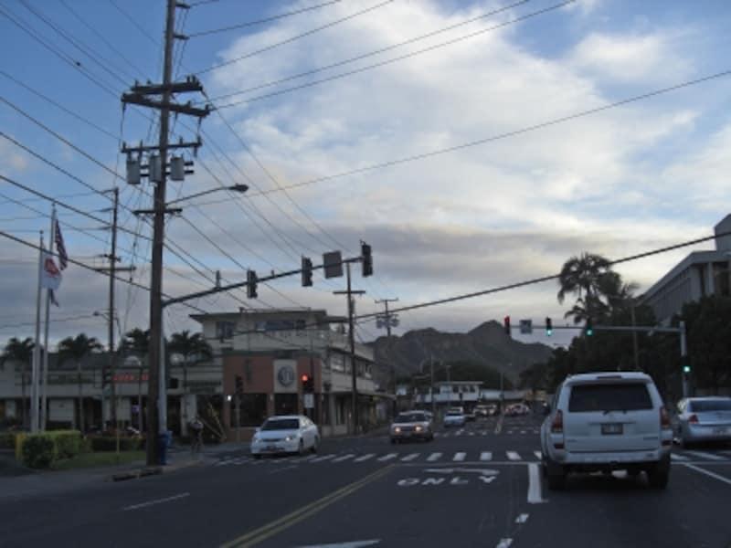 ハワイでは重大犯罪はそれほど多くないが、車上荒らし等の盗難は頻繁に起きている